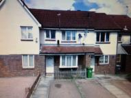 3 bed home to rent in Giralda Close,