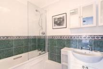 3 bed Terraced property in Goodhart Place...