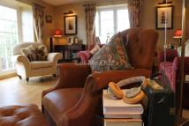 5 bedroom Detached property in Wick Road, Bourton