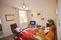 1 bedroom Apartment to rent in Lambourn Road...