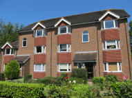 Flat to rent in HEATH ROAD...