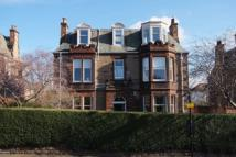 Flat in 28a Murrayfield Road...