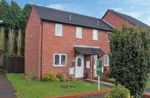 1 bed End of Terrace property in Mayfield Close, Catshill...