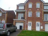 4 bed home in Windsor View, Rossington...