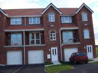 4 bed house to rent in Windsor View, Rossington...