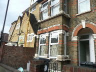 3 bed Flat to rent in Francis Road, Leyton...