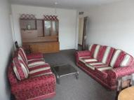 2 bed Flat to rent in Moorside Court, Cowgate...