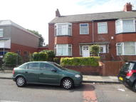 HADRIAN ROAD End of Terrace house to rent