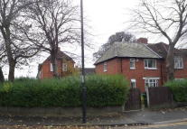 TWO BALL LONNEN semi detached property to rent