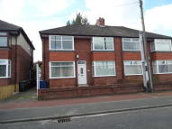 2 bed Flat to rent in SILVER LONNEN...