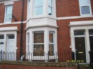 5 bedroom Maisonette to rent in Wingrove Avenue...