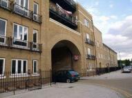 1 bed Flat in Hearnshaw Street, London...
