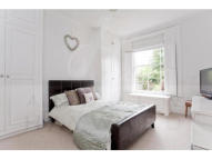 2 bed Flat to rent in Compton Road, London, N1