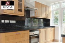 3 bedroom Flat to rent in Moresby Road, London, E5