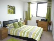 2 bed Flat in Spencer Way, London, E1