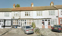 4 bedroom house in Redbridge Lane East...