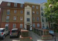 1 bedroom Flat to rent in Memorial Avenue, London...