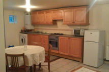 3 bed Flat to rent in WILTON WAY, London, E8