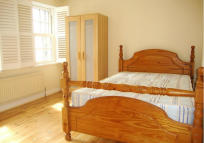 3 bedroom home to rent in TOTTENHAM ROAD, London...