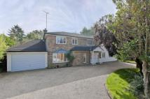 Detached house to rent in Claremont Road, Claygate...