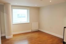 Flat to rent in One Commercial Street...