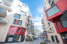 2 bedroom Flat to rent in Bermondsey Spa...