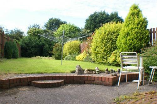 Private Garden & Patio