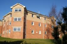 Flat to rent in Robertson Court...