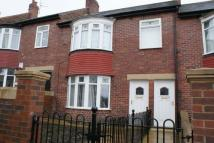 Flat to rent in Watt Street,  Gateshead...