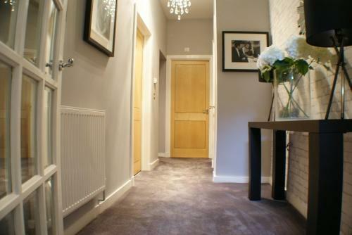 Entrance Vestibule & Hallway