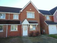 semi detached property to rent in Tates Way, Stevenage