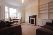2 bedroom Flat to rent in Marney Road, London, SW11