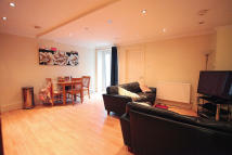 Lavender Hill Flat to rent