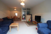 2 bed Flat in Woodbourne Close, London...