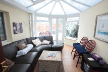 4 bed Terraced house to rent in Ashbourne Road, Mitcham...
