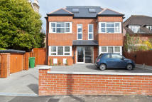 Ground Flat to rent in EATON ROAD, Sutton, SM2