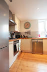 Ground Flat to rent in Bickley Street, London...