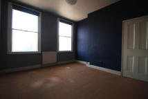 2 bed Flat to rent in Brixton Hill, London, SW2