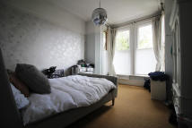 Flat to rent in Mowbray Road, London...