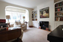 4 bed Terraced house in Sandgate Lane, London...