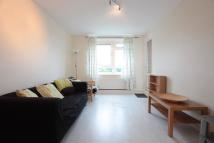 3 bed Flat to rent in Rectory Lane, London...