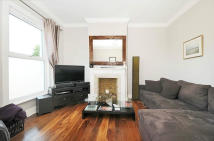 Battersea Rise Flat to rent