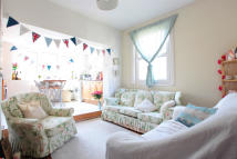 2 bed Terraced home to rent in Hazelbourne Road, London...
