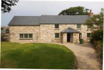 4 bedroom Detached property in Hellesvean, St Ives