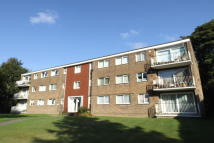 2 bed Flat to rent in Brownhill Road...