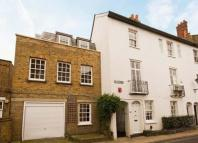 5 bedroom semi detached house in 49 Church Street...