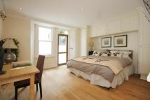 Apartment in Pembridge Gardens  W2