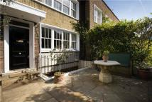 5 bedroom property to rent in Caroline Place...