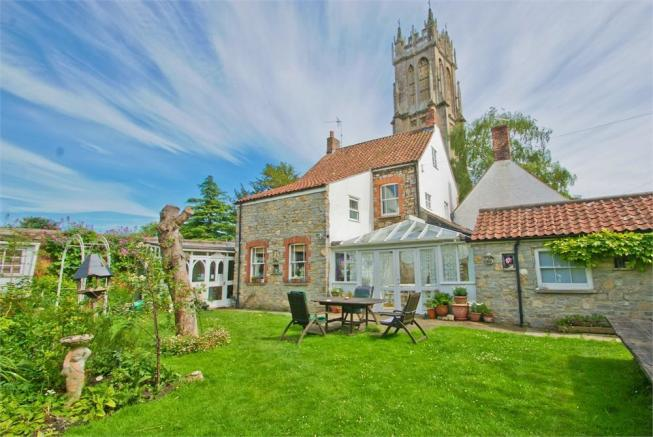 7 bedroom detached house for sale in 6 church lane
