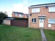 2 bedroom End of Terrace property in Armstrong Walk, Maltby...